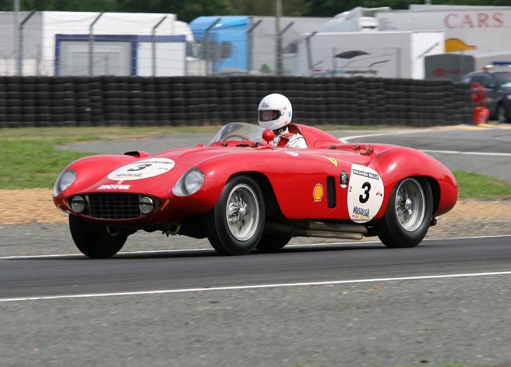 Ferrari 121 LM Scaglietti Spyder спорткар
