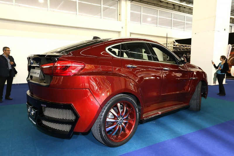 Автомобиль BMW X6 Alligator