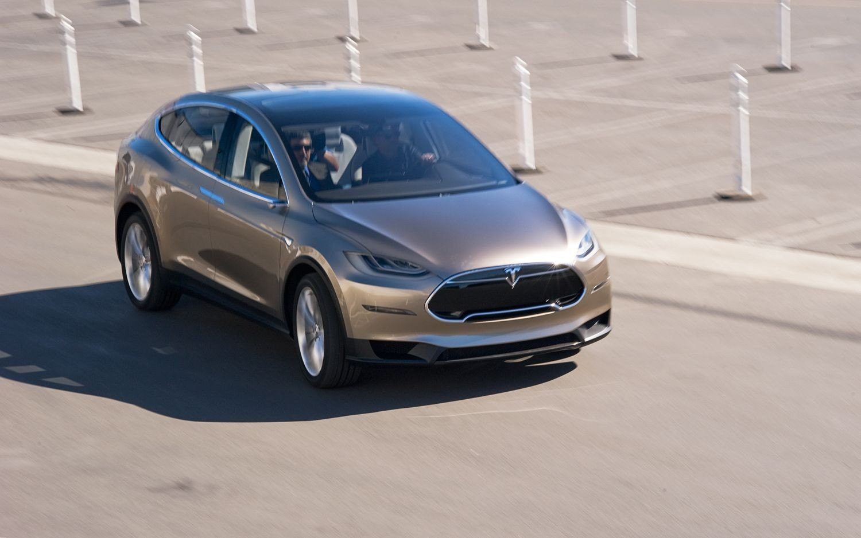 Tesla Model X авто