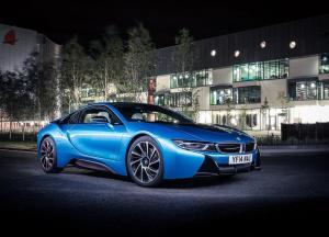 BMW i8 авто