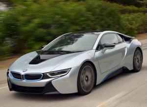 Электромобиль BMW i8