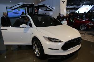 Тесла Модель Х фото авто