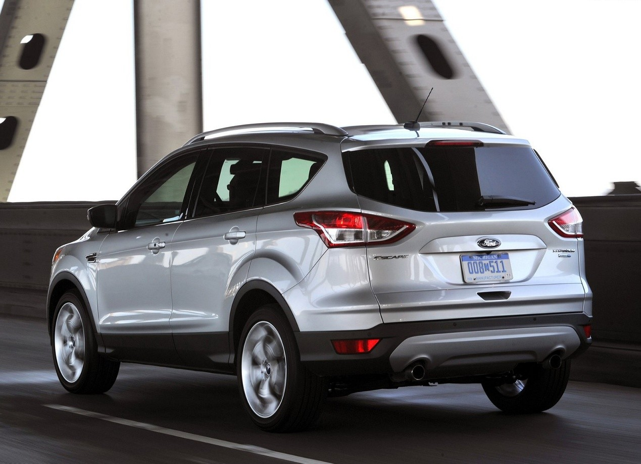 Форд Эскейп фото цена характеристики Ford Escape
