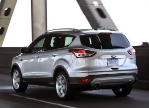 Ford Escape вид сзади