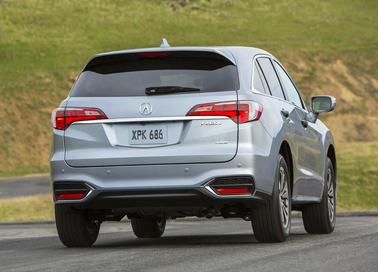 Acura RDX вид сзади
