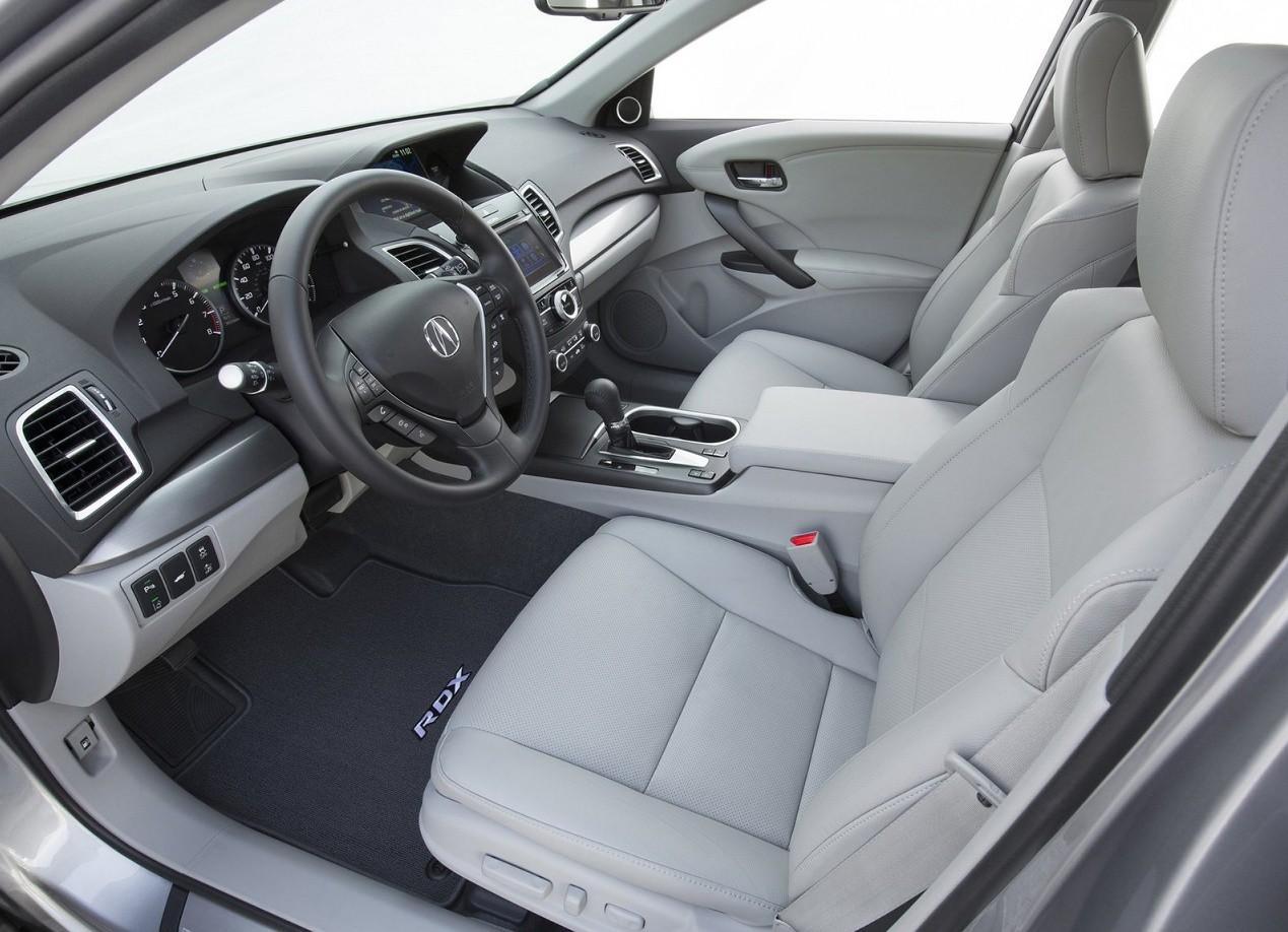 Салон Acura RDX