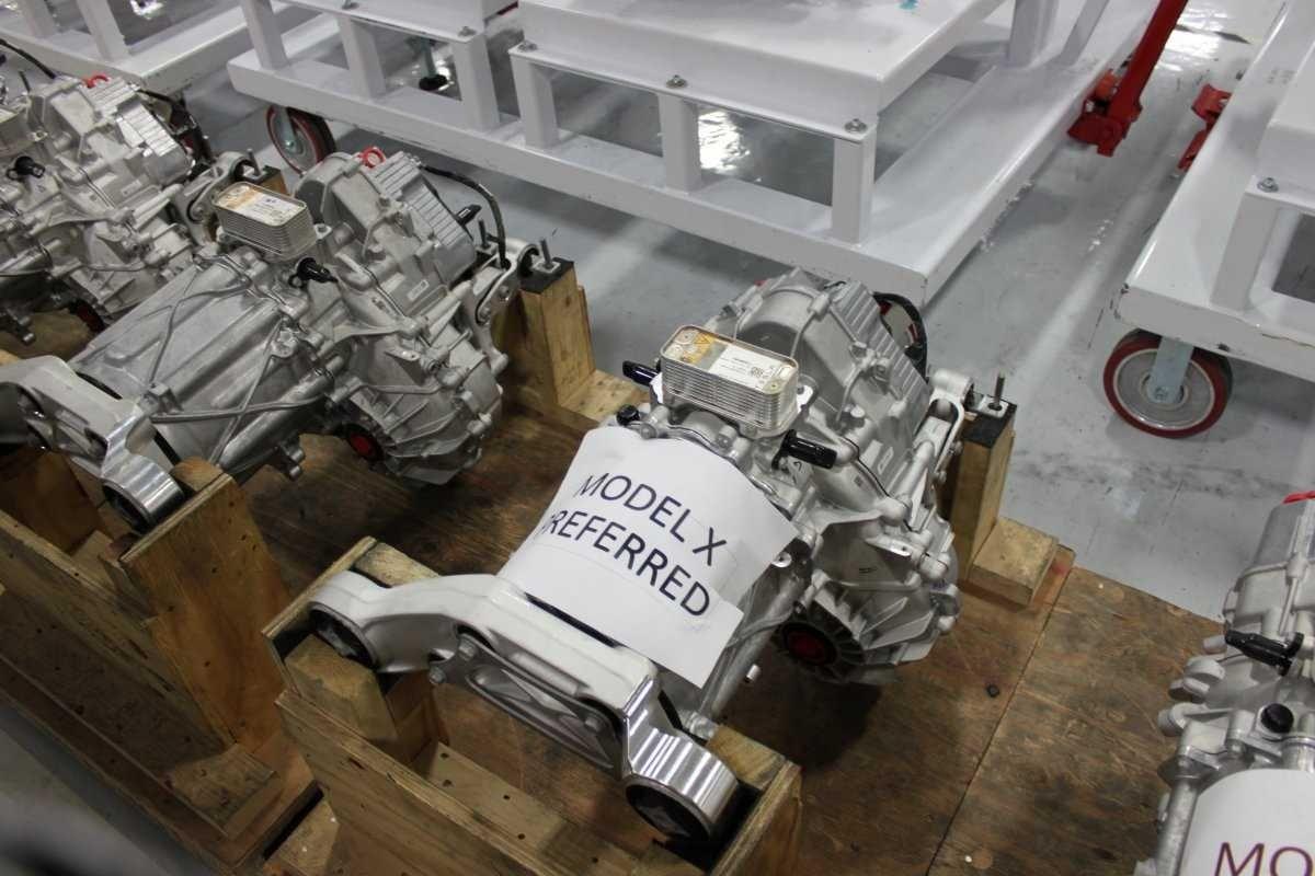 мотор на электрокар tesla model