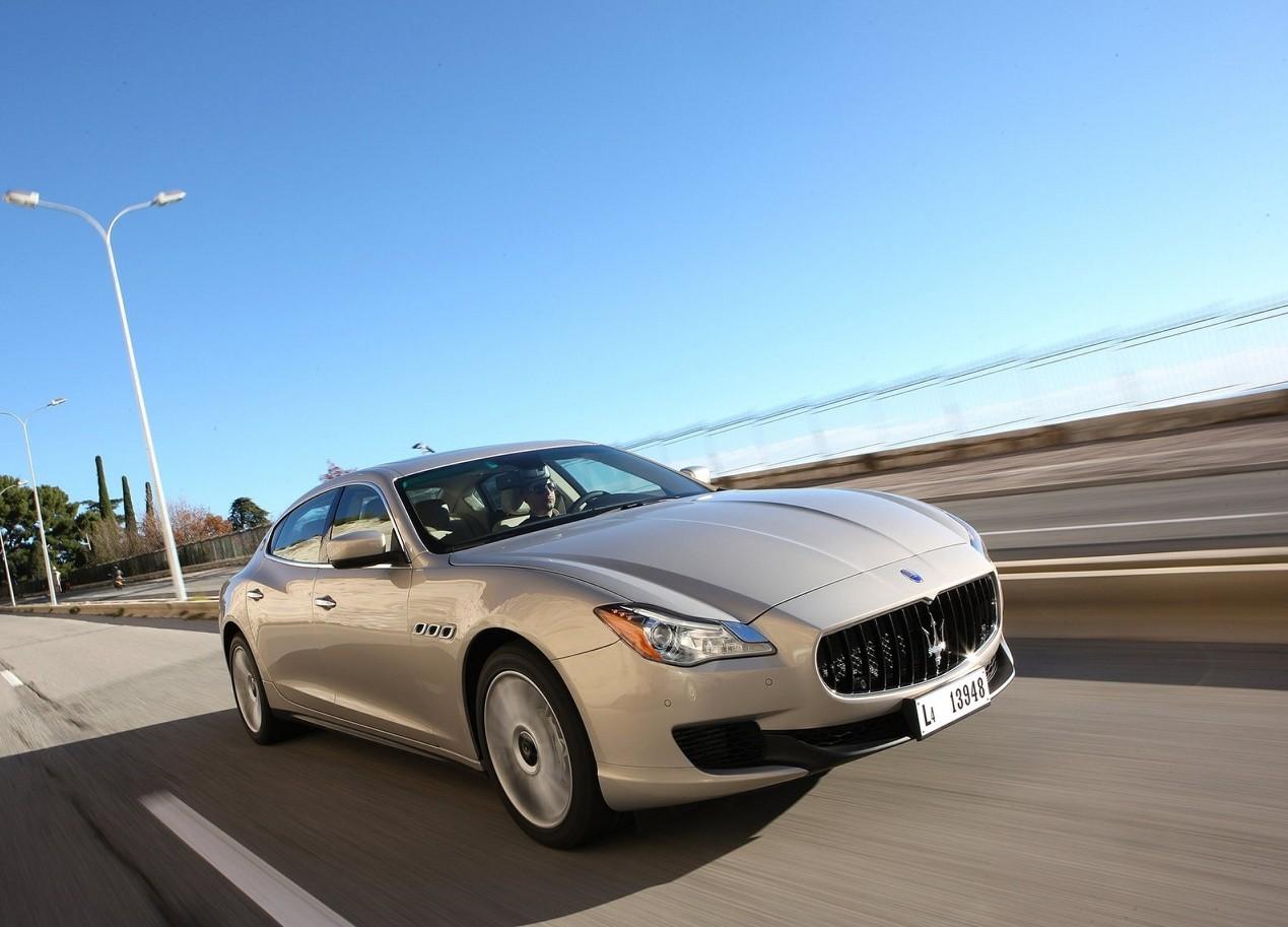 Maserati Quattroporte автомобиль