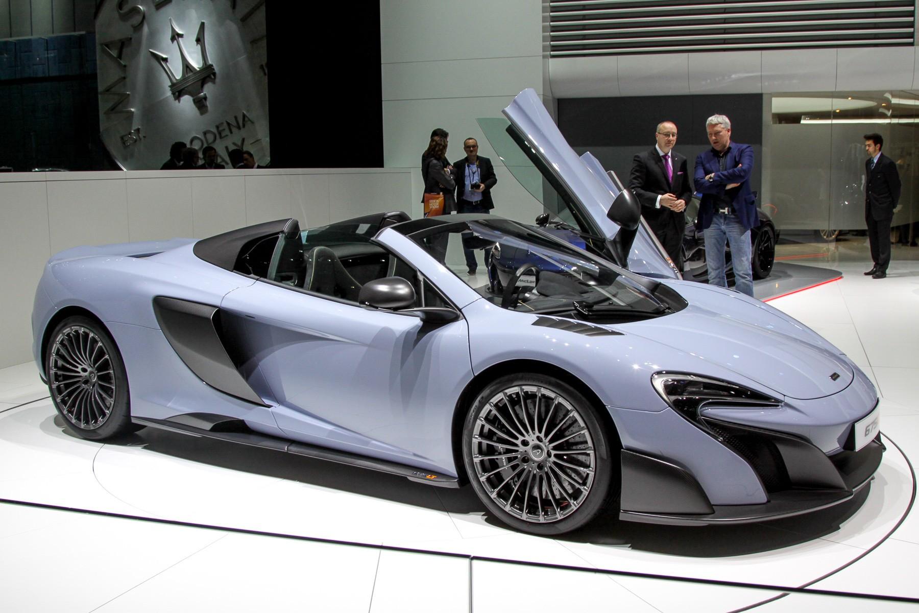 McLaren 675 LT фото