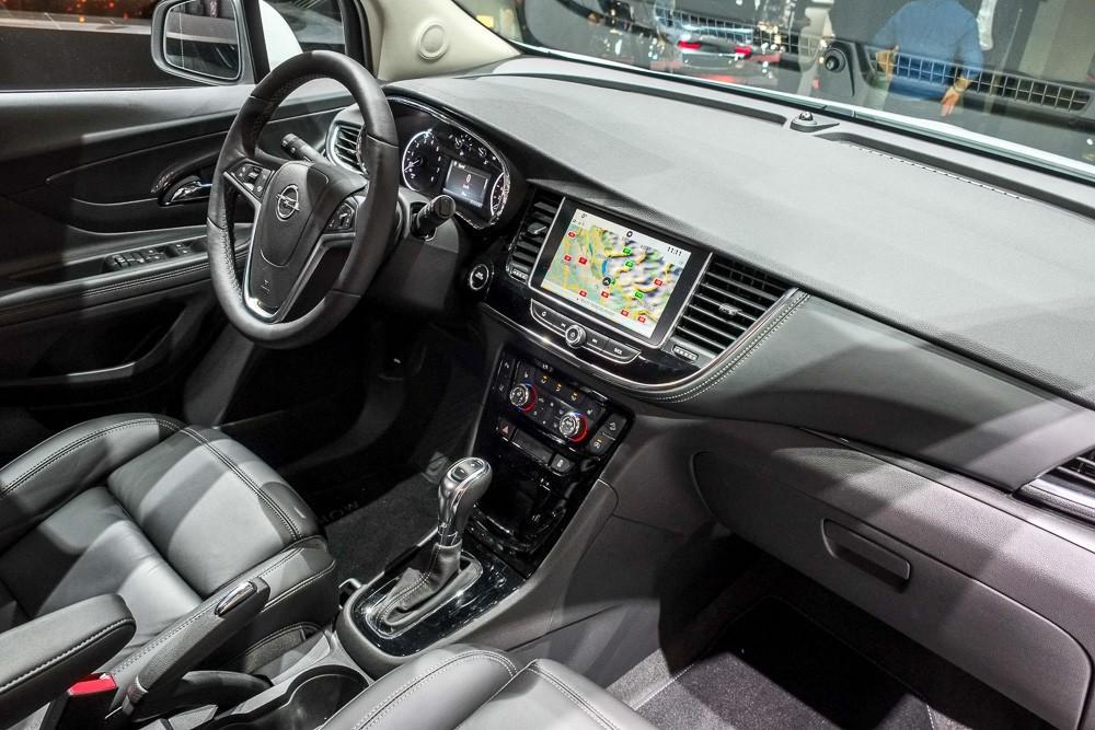 Фотография салона Opel Mokka X