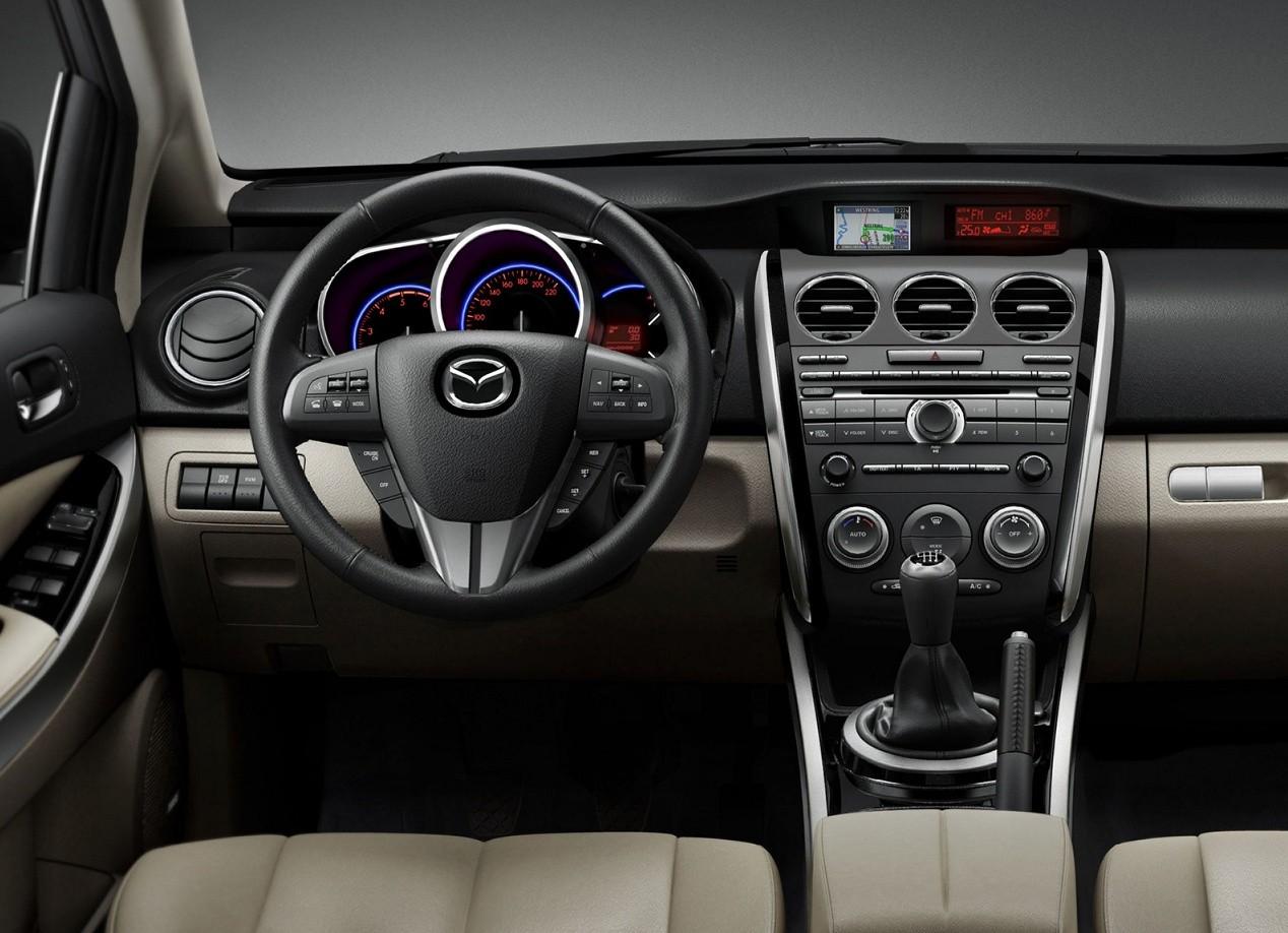 Mazda CX-7 салон