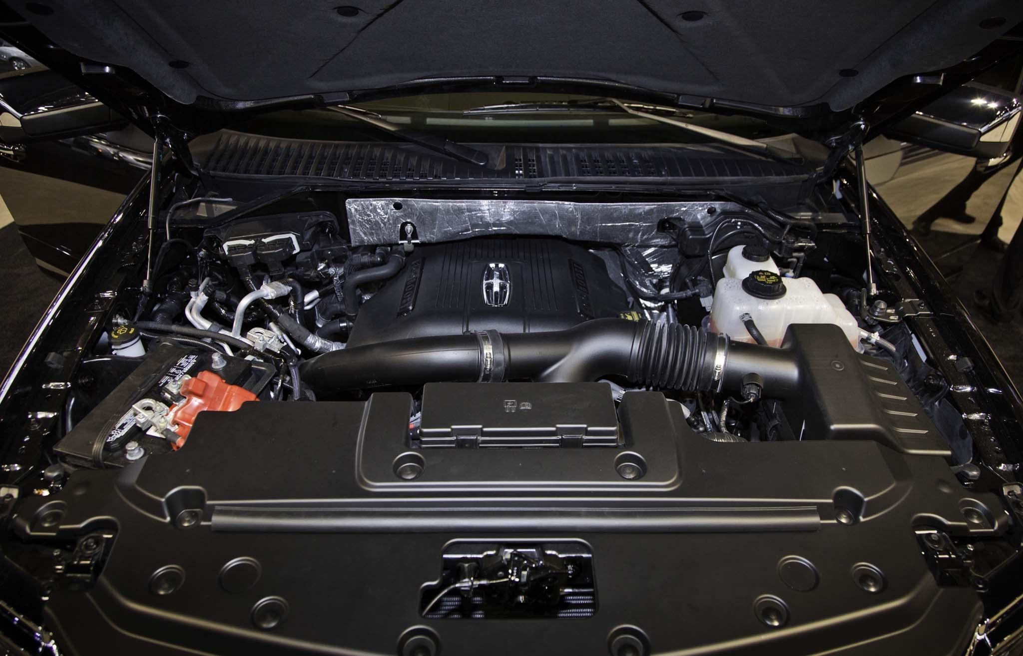 Lincoln Navigator двигатель