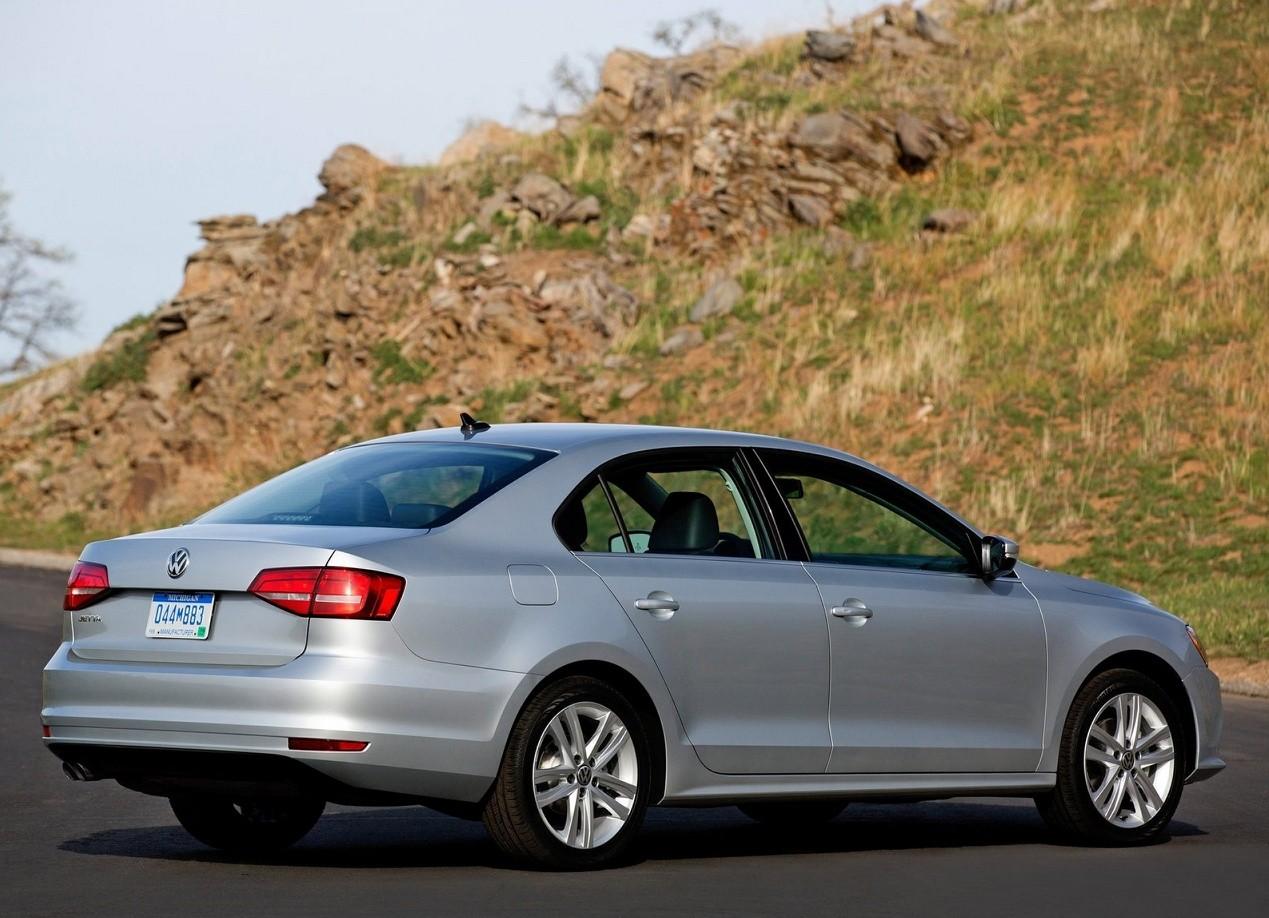 Volkswagen Jetta автомобиль