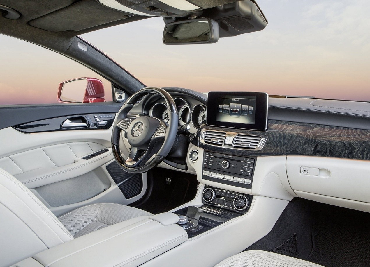 Mercedes-Benz CLS-Class салон