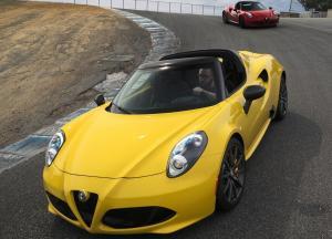 Alfa Romeo 4C Spider автомобиль
