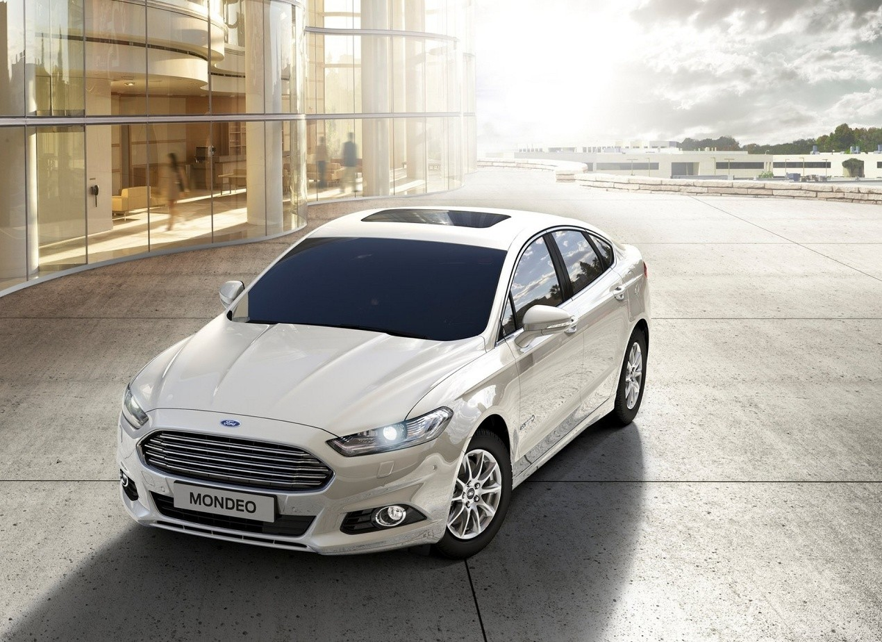 Ford Mondeo фото седана
