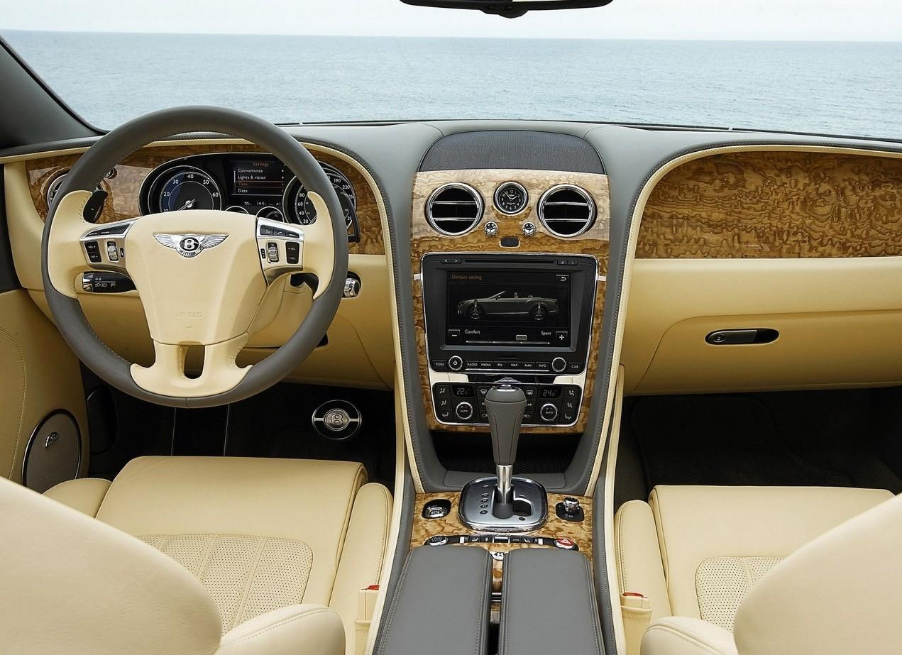 Bentley Continental GTC салон