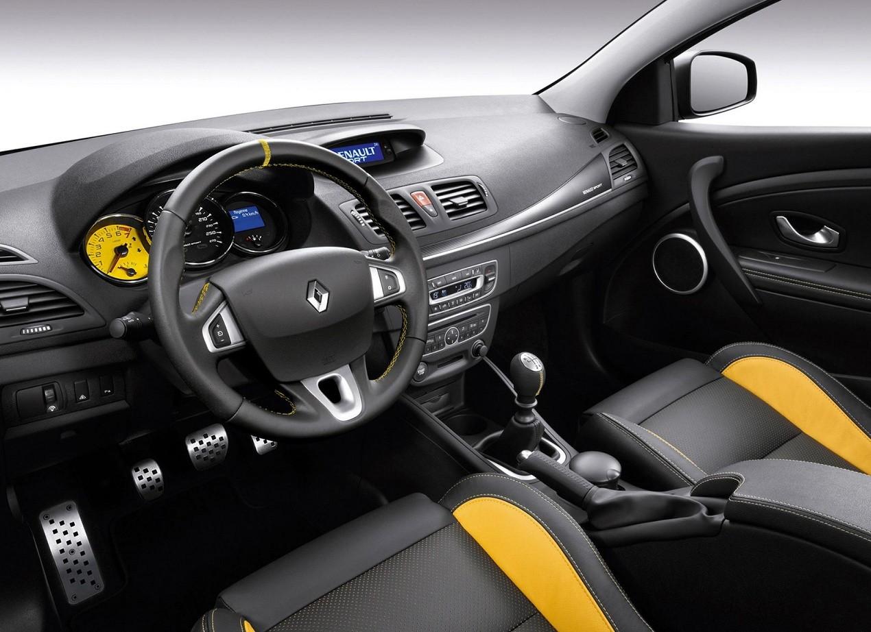 Renault Megane RS салон