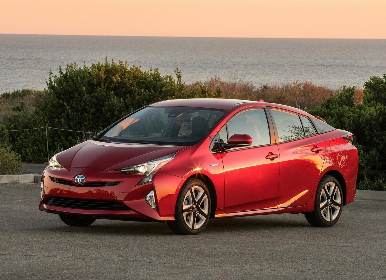 Фотография авто Toyota Prius