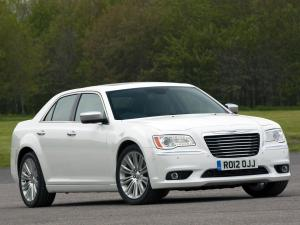 Chrysler 300C II авто