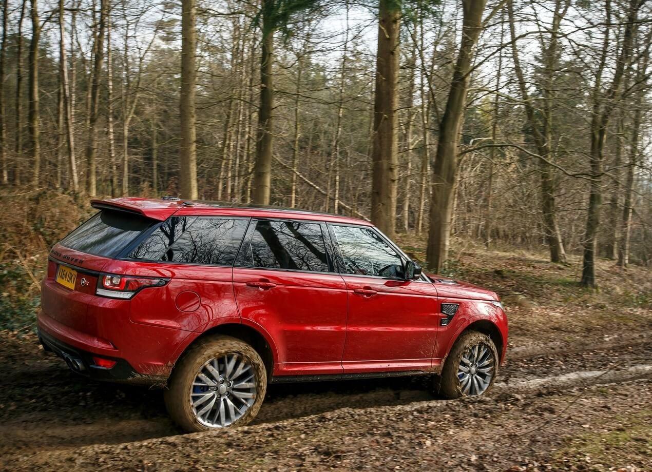 машина range rover sport фото