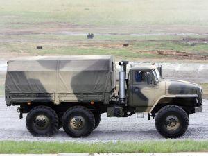 Вид сбоку Урал-4320