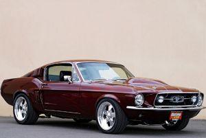 Автомобиль Ford Mustang Fastback