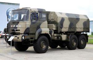 Военный Урал-6370