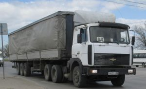 Тентованный МАЗ-6422