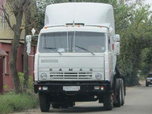 Вид спереди КамАЗ-5410