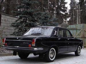 Вид сзади ГАЗ-24