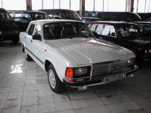 Автомобиль Волга-3102