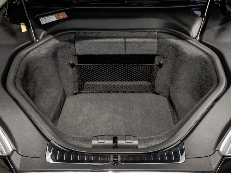 Передний багажник Тесла