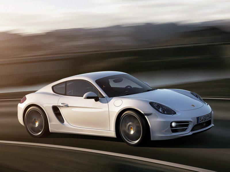 Porsche Cayman вид сбоку