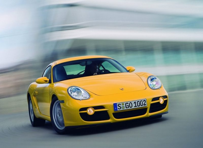Авто Porsche Cayman 2006 года