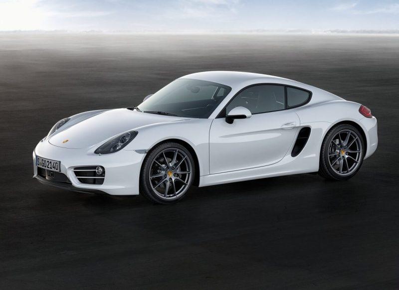 Вид сбоку Porsche Cayman