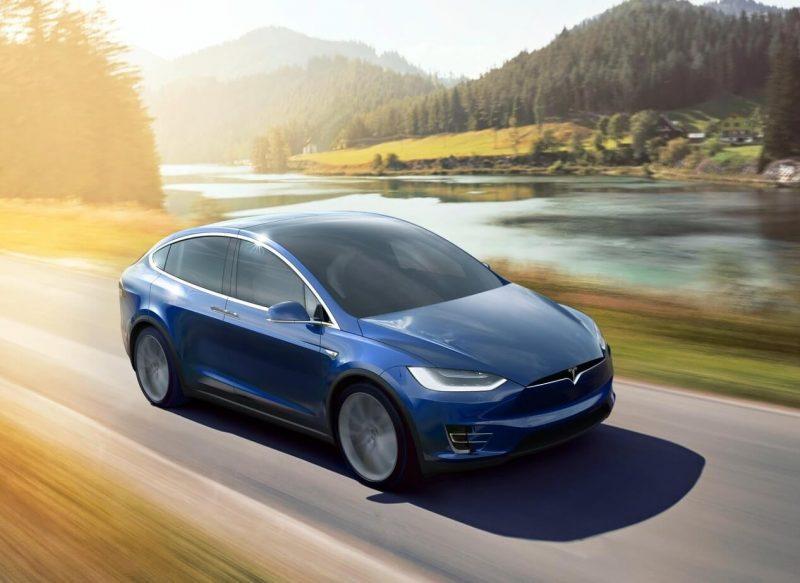 Авто Tesla Model X