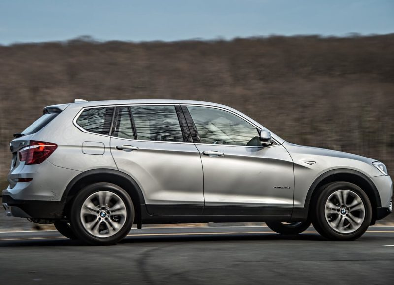 Фото нового BMW X3