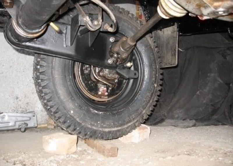 ЛуАЗ-969 подвеска