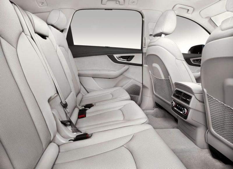 Задний диван Audi Q7