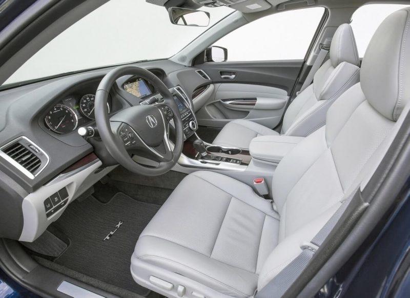 Передние сиденья Acura TLX