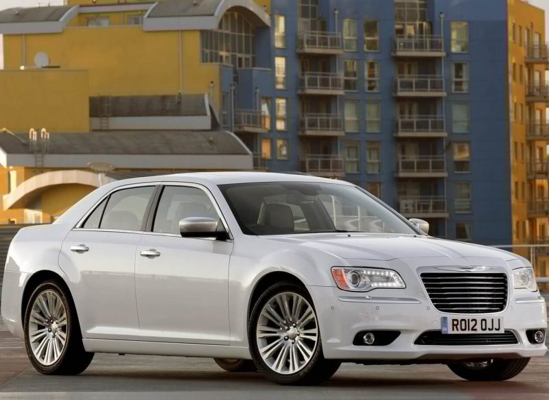 Chrysler 300C новый