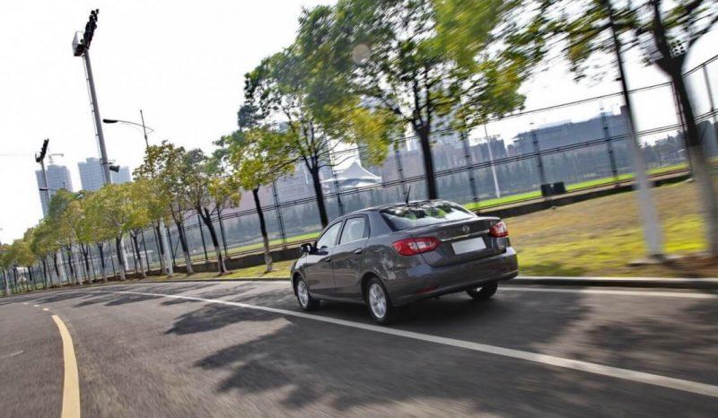 Фото атво Dongfeng S30