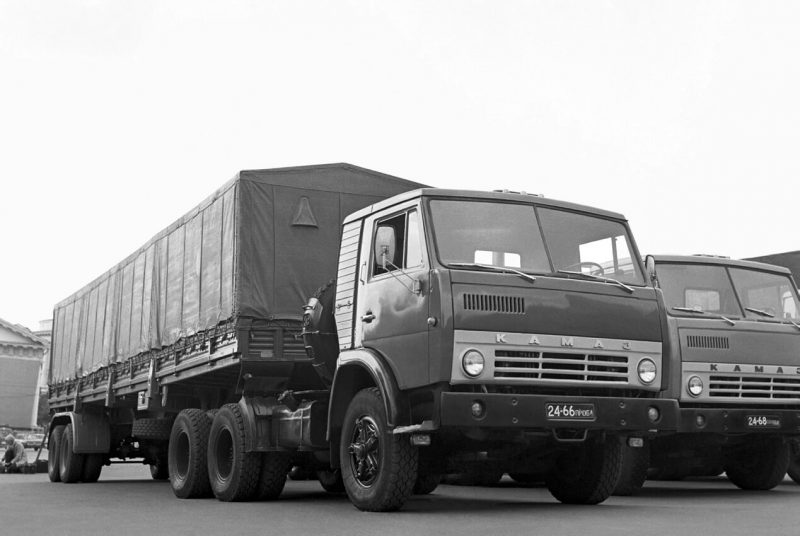 Авто КамАЗ-5410 1976