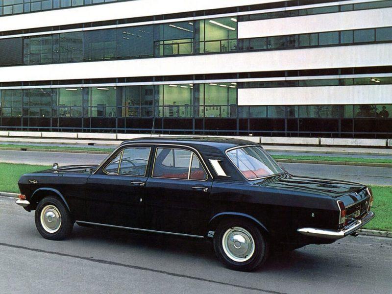 Авто ГАЗ-24 1969 года