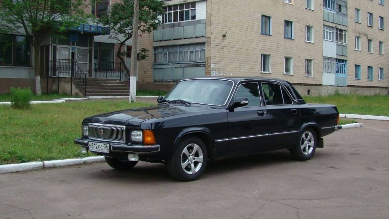 Авто Волга ГАЗ-3102