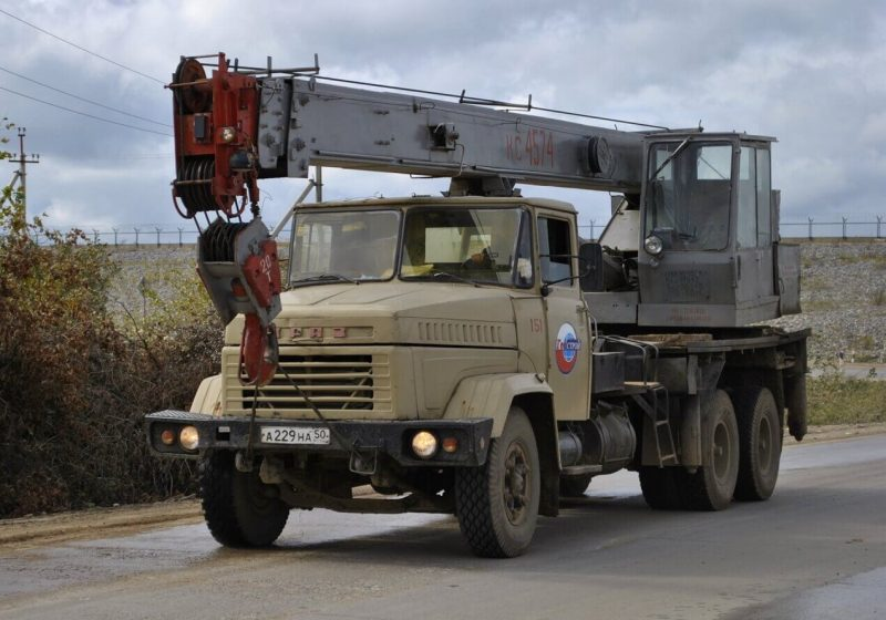 КрАЗ-6510 автокран
