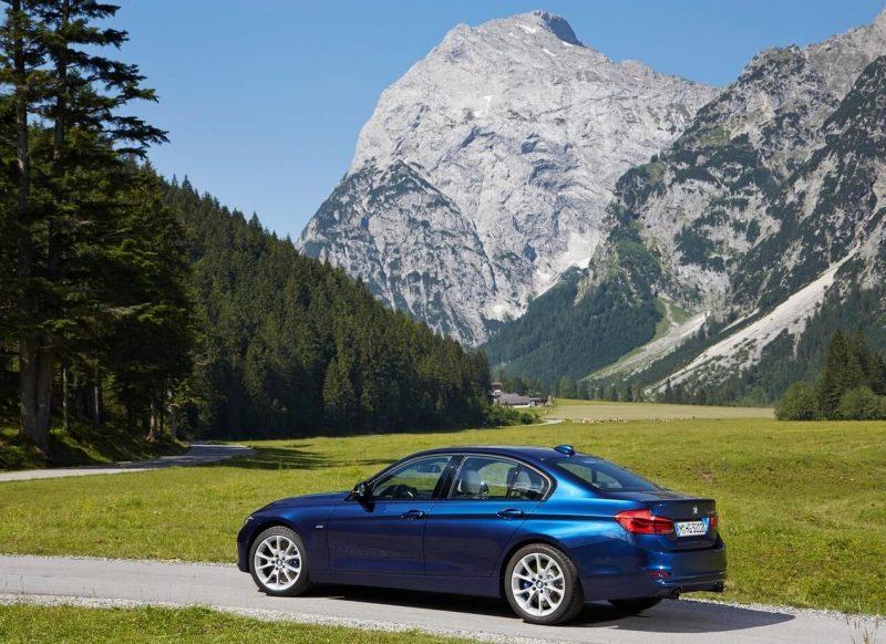 BMW 3 фото нового авто