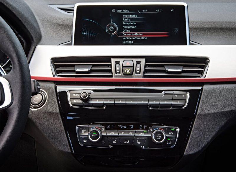 Мультимедийная система BMW X1