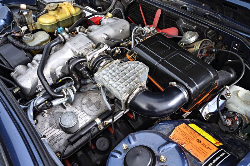 BMW M535i Е12 двигатель